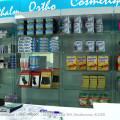 Agencement de pharmacie en étagères, comptoirs et mobiliers pour pharmacies.